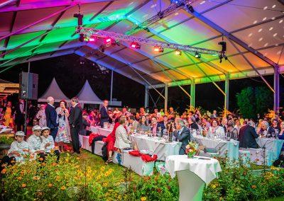 Konstanz_Sommernacht_der_Wirtschaft_Wirtschaftsball_2019_Fotograf_Anna_Glad_Sonnendach_Insel_Mainau_Eventfotograf