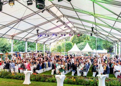 Konstanz_Sommernacht_der_Wirtschaft_Wirtschaftsball_2019_Fotograf_Anna_Glad_Tische_Gastro_Gäste